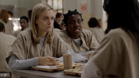 觀賞拒絕同性戀。第 1 季第 3 集。